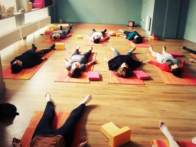 Yoga-cours-collectif-entreprise-lyon-aliptae